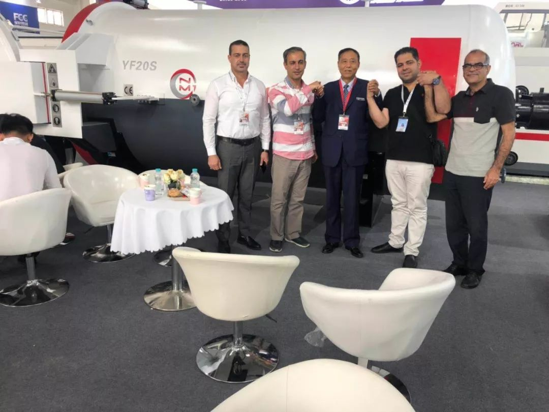 2019北京展会和印度客户签订合作