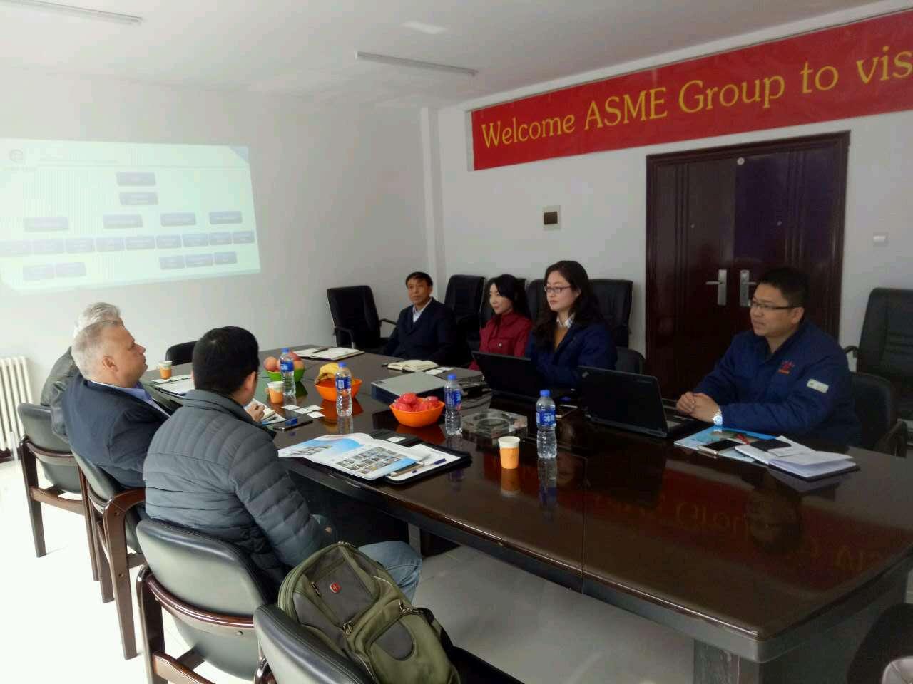 美国客户来万博在线客户端下载北方进行业务洽谈并签订合作.
